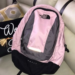 The North Face backpack 🎒